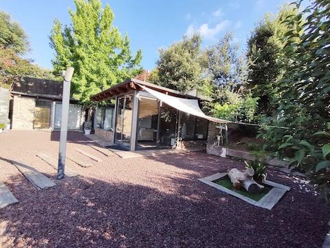 Casita 5* Montseny:sauna, piscina, estufa de leña