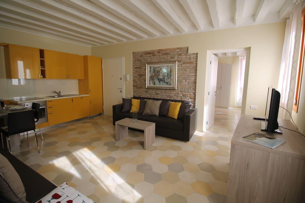 Central New Spacious Bright Apt  - Appartamenti in affitto