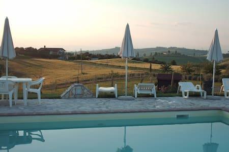 Flat with pool in Chianti aerea 2+2 - Castelfiorentino - 公寓