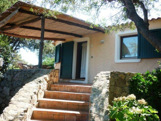Tworoom apartment in Costa Smeralda