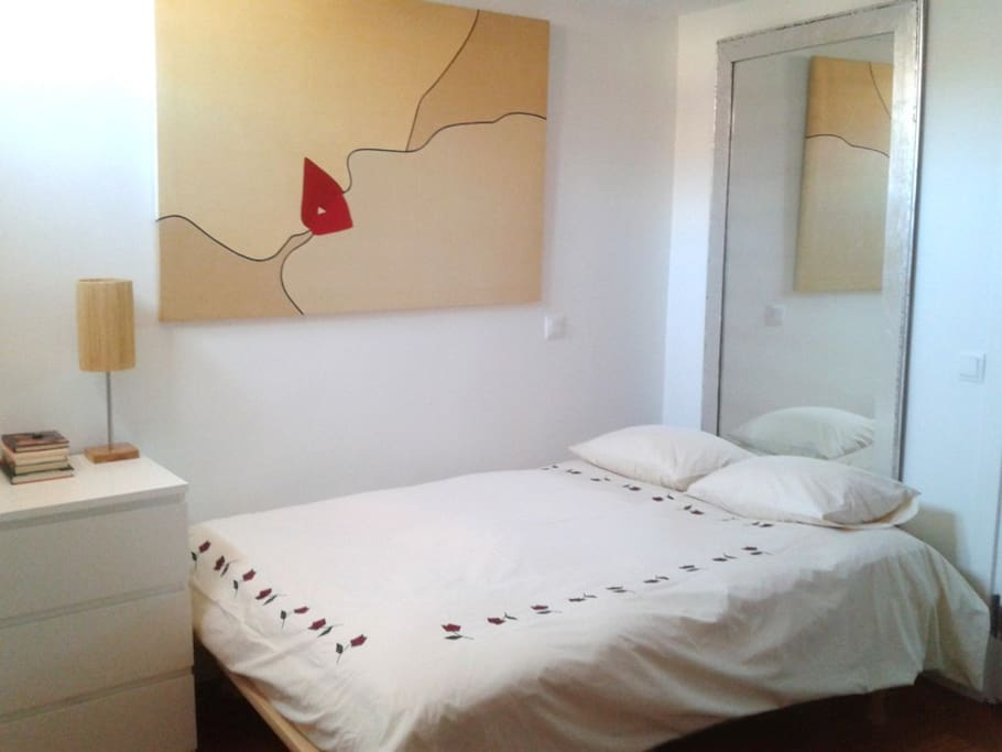 Cozy Room For Two Madrid