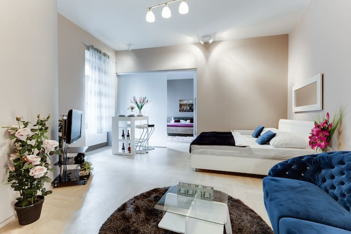 DE-LUXE -Apartment in PRG CityCENTER