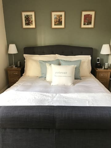 Luxury, private Cotswold accommodation - Tetbury - Gästehaus