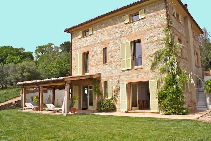 sea and hills in this Villa x 10 p - Scansano - Villa