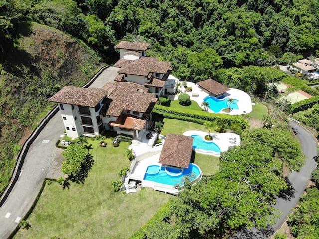 10 BEDS JACO Casa Grande #1 ESTATE Pool Los Suenos