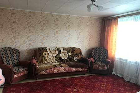 Большая комната с балконом