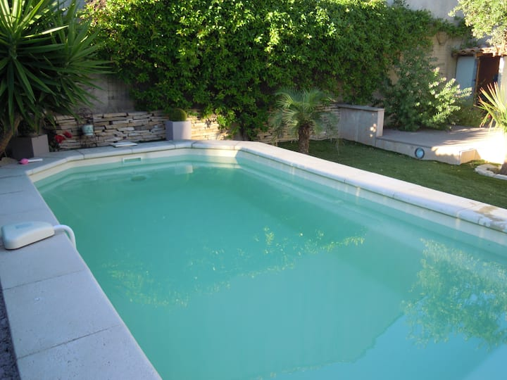 chambre terrasse , Pdj, park, piscine PLAGE 150M