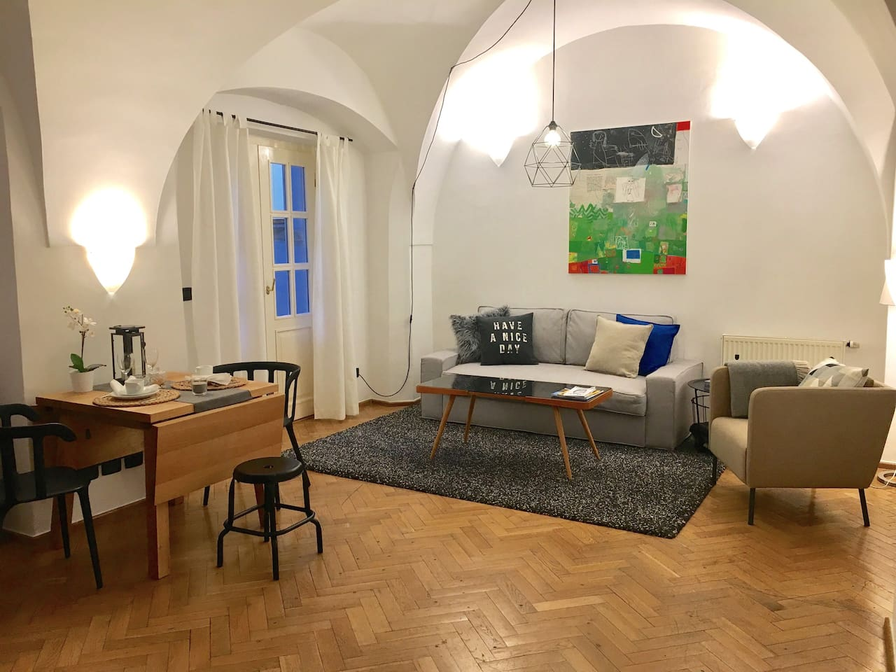 ART APARTMENT IN THE HEART OF OLD TOWN, NEW! - Wohnungen zur Miete ...