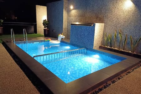 The Luxury Villa -Private Pool-
