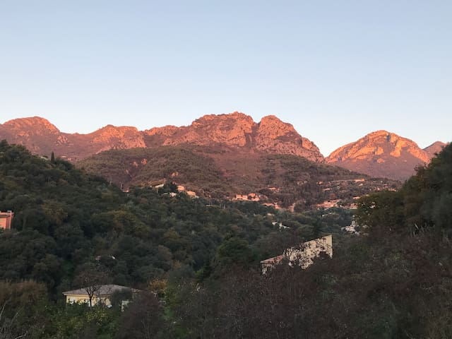 View over the mountain (sunrise)