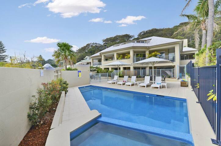 Iluka Resort Apartments Ocean Eleven