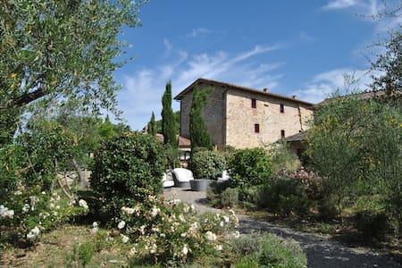 Lussuosa suite nel Chianti Classico - San Sano