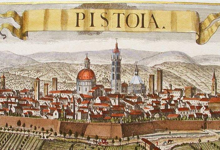 Little room in Pistoia - Pistoia - Casa