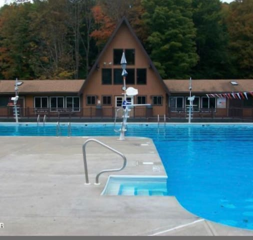 Wallenpaupack Lake Estates - sleeps 8