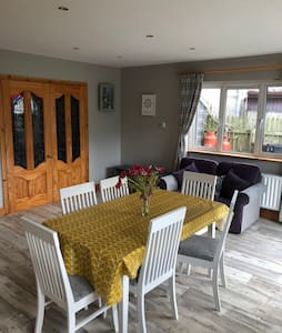 4 Bed beautiful Strandhill Home with Views