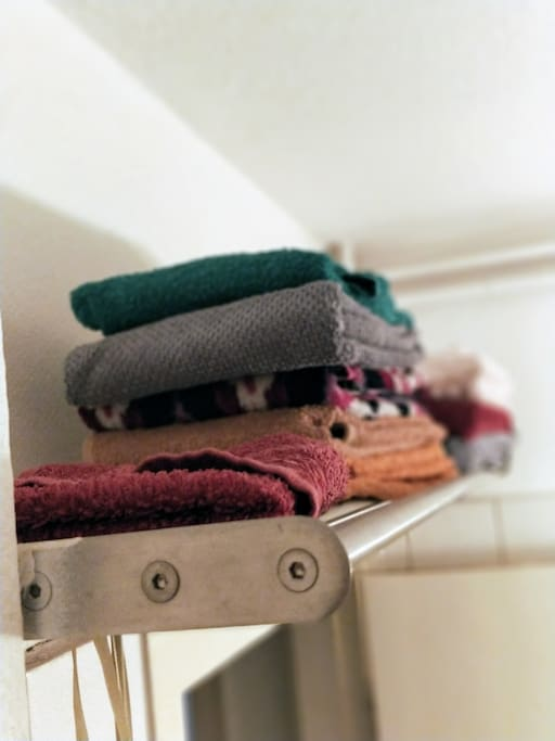 frische Handtücher.