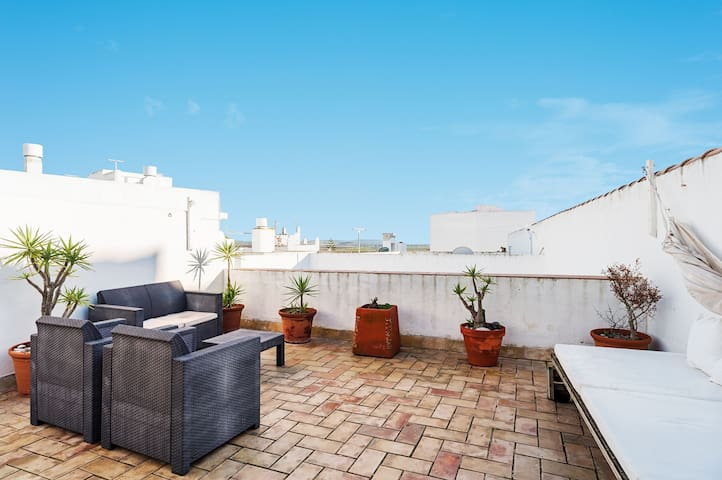 Family Friendly Apartment with Rooftop Terrace - Apartment La Tahona