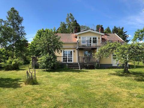 Charmigt hus på landet i Habo, 25km fr. Jönköping