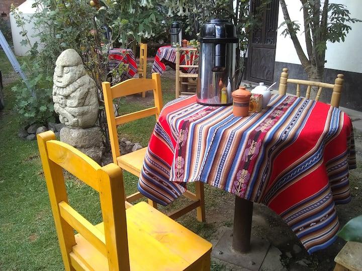 amazing Huaraz ( hostel ) + vista jardin