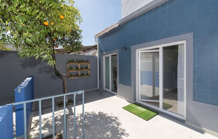 Orange Tree House so near Lisbon