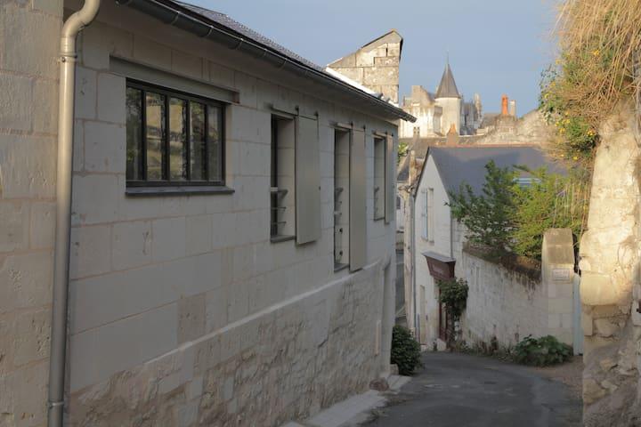 La Maison Haute - Montsoreau - Hus