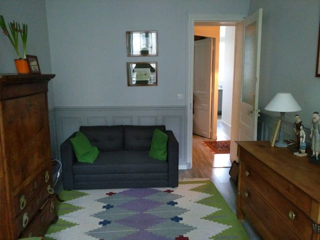 "Appartement ""Grey and Green"""