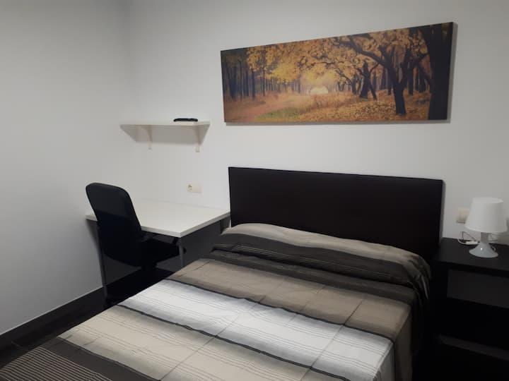 Habitación privada 1 cama, 2 personas junto al mar