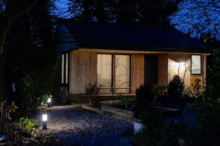 Stylish cabin in cute village close to sea