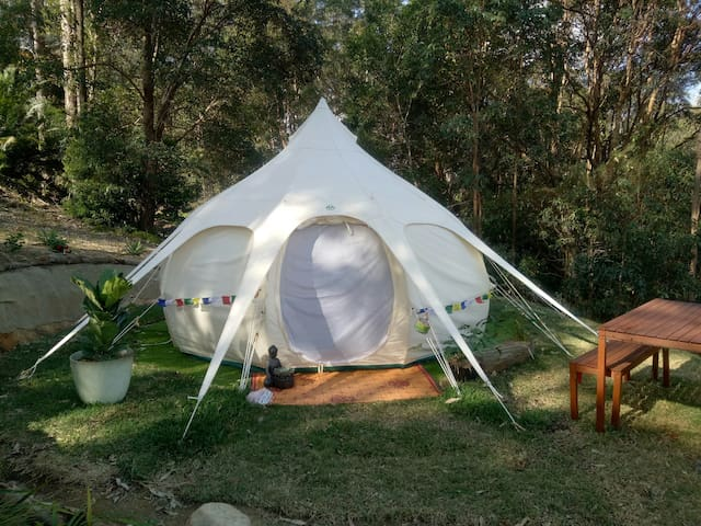 Moutain Top Glamping - The Lotus Pad