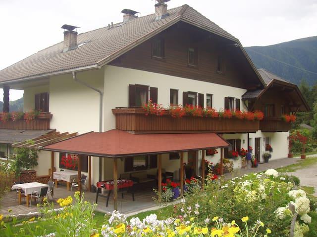 Oberstallerhof, Urlaub beim Bauern.
