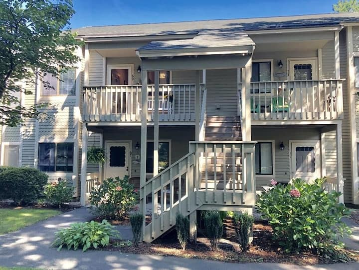 Ocean Edge Resort Condo, 4 beds, sleeps 5 Brewster