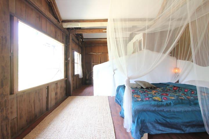 Maison'd Kork Thnout  カンボジアの村 一棟貸切 高床式住居でリラックスステイ - Krong Siem Reap