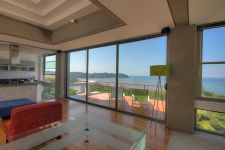 Pacific Modern with spectacular ocean view - 萨尤利塔 - 酒店式公寓