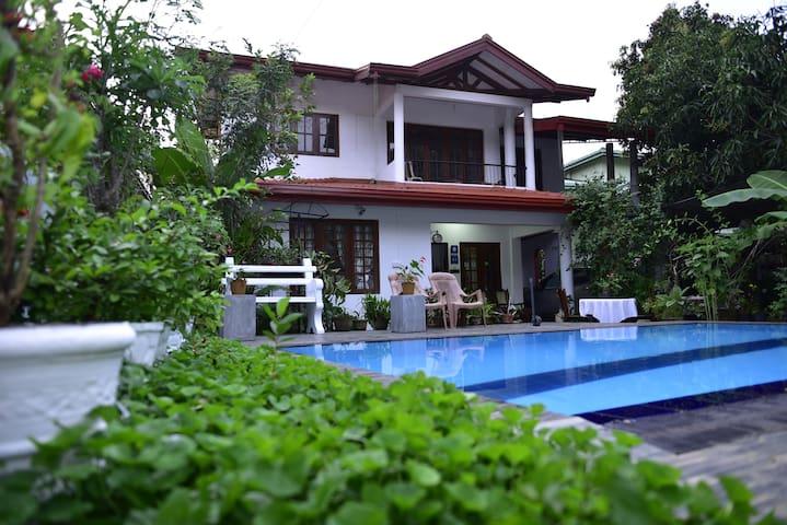 Family room at Villu Villa