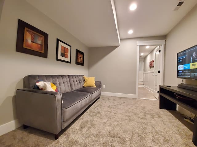 Beautiful New Apartment Across From Patterson Park