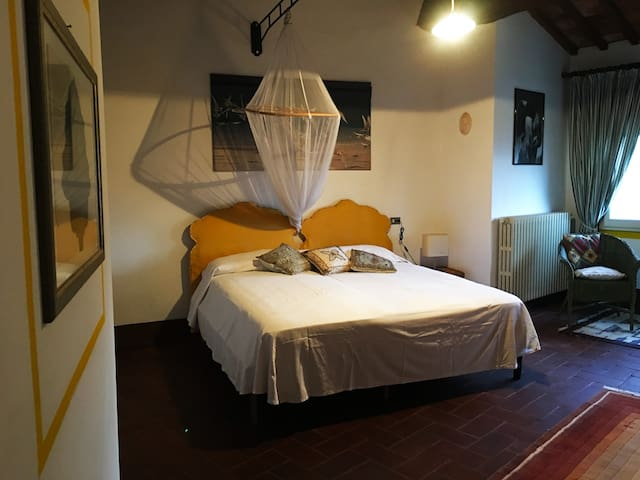 """Camera """"Giardino Sospeso"""" - Buggiano Castello - บ้าน"""