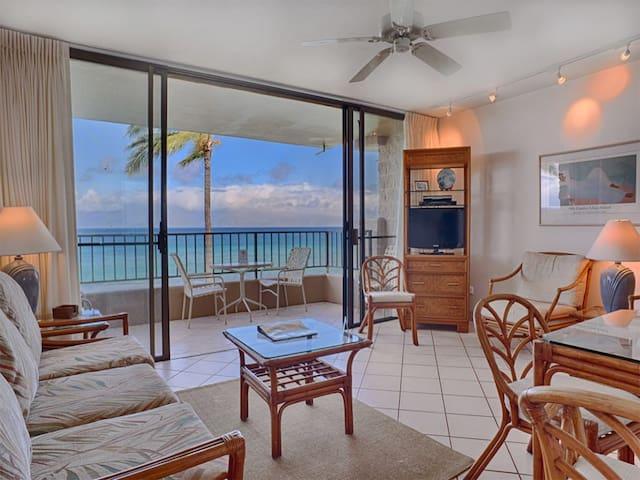 Feel the Ocean on Lanai! Casual w/New Kitchen, Flat Screen, WiFi–Paki Maui 303