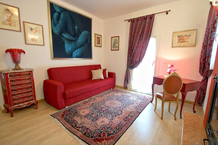 Ca Di Fiore B&B-riverside countryhouse, parking1