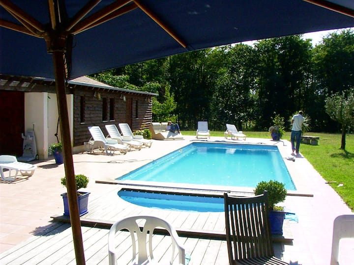 Villa with 4 bedrooms in Saint-Vincent-de-Paul, with private pool, furnished garden and WiFi - 30 km from the beach