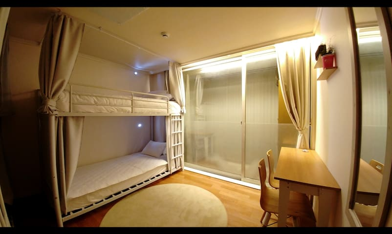 Between IncheonAirport and Seoul-New guest house.4 - Seo-gu - Apartment