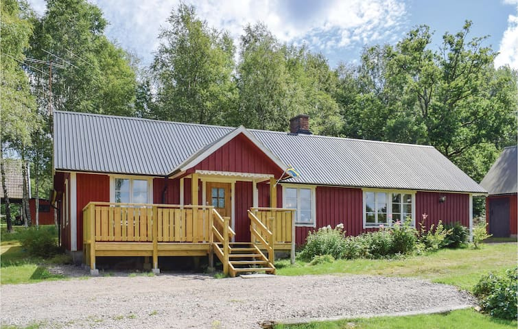 Holiday cottage with 3 bedrooms on 98 m² in Knäred