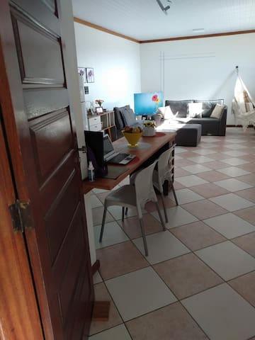 Apartamento 75,00, 2 pessoas pertinho do centro.