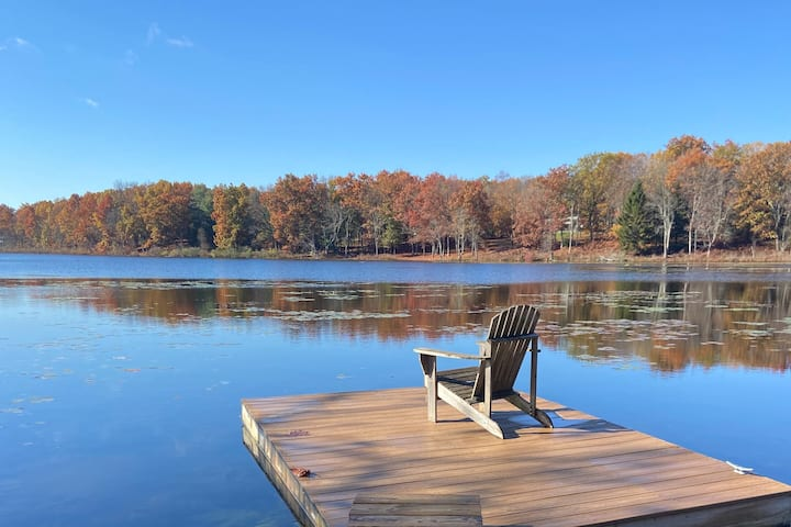 Rhinebeck Private Lake Front Retreat