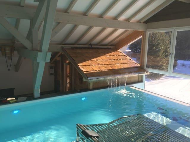 Studio à la montagne 4 personnes avec piscine spa