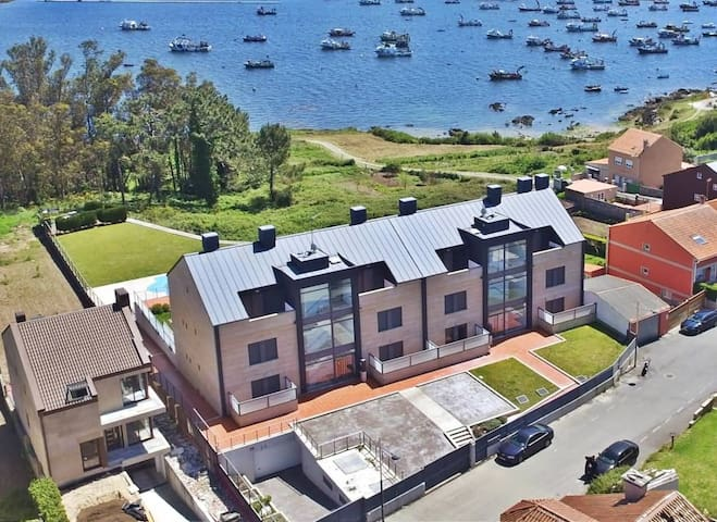 Isla de Arousa, pool, that's it. - Illa de Arousa - Apartamento