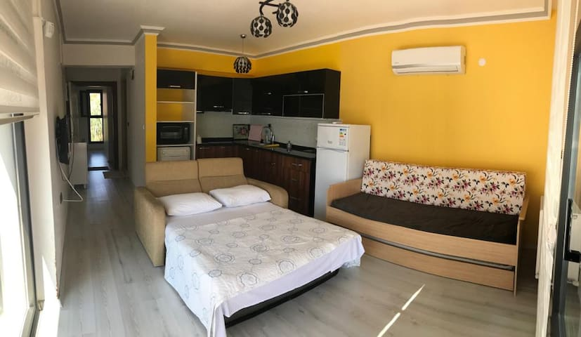 Modern Fully Furnished Flat with Amazing View N:2