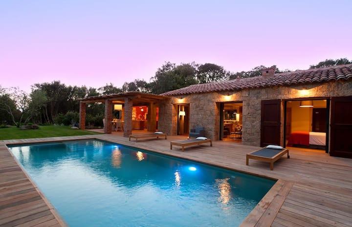 Villa privée des vignes piscine chauffée pres mer