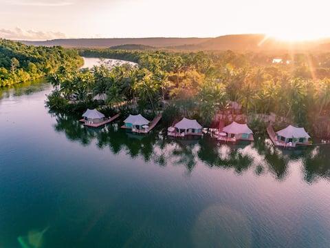 4 Rivers flydende hytte (familietelt på landet)