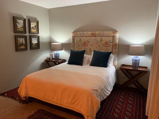 Room in Plantations Estate