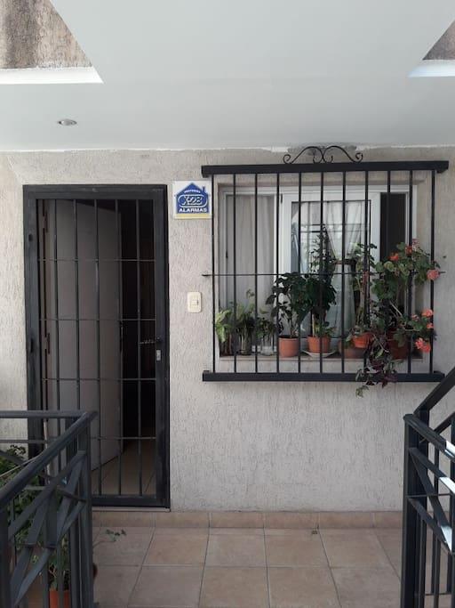 Entrada privada departamento
